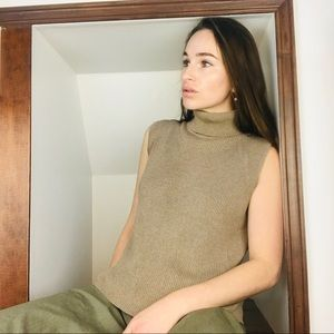 Knit Turtleneck Sleeveless Shirt in Tan